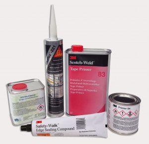Primer, Reiniger & Klebstoffe